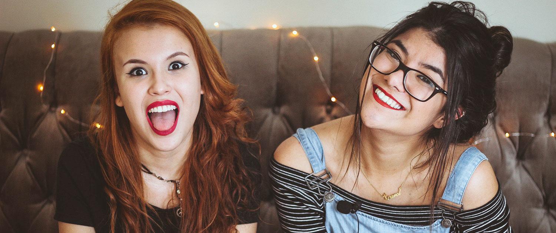 Junge Frauen, Mädchen, Spaß, Lachen